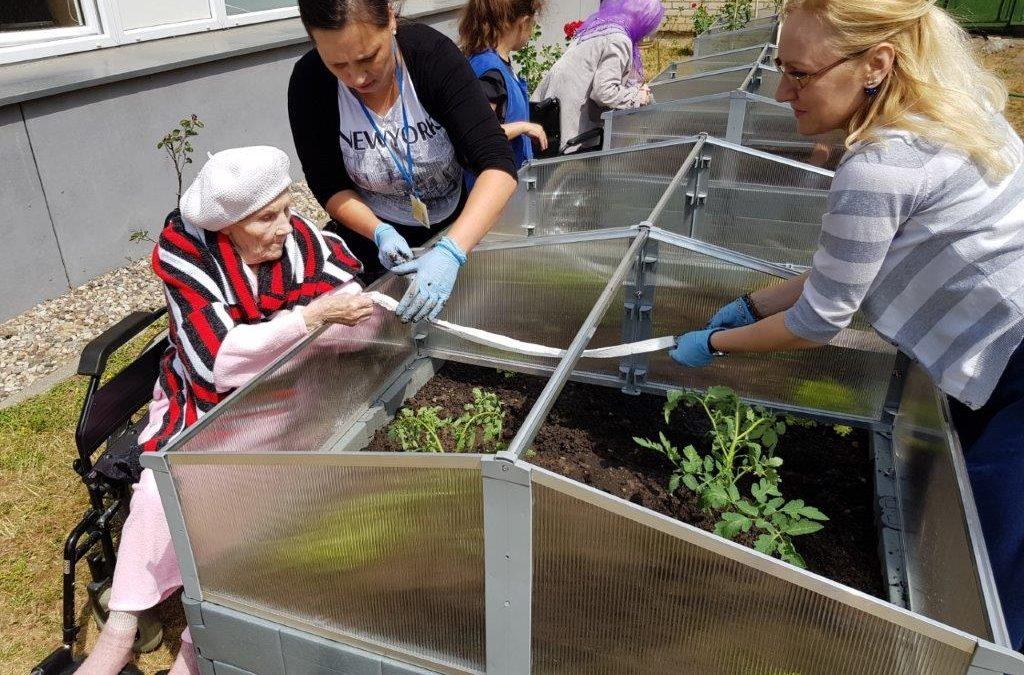 Sodininkystės pamokos ir patirtis senelių globos skyriuje